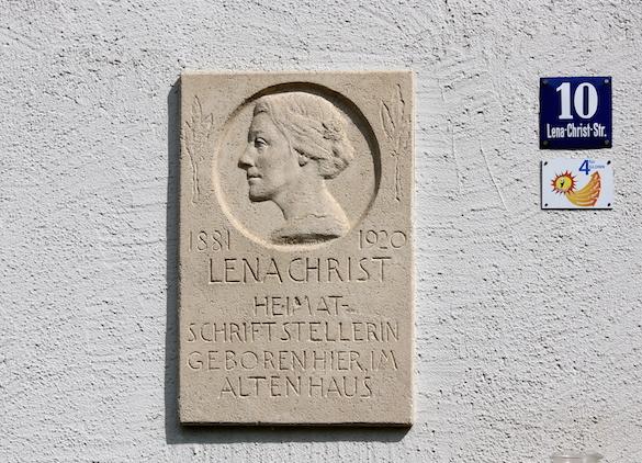 Lena Christ_Gedenktafel am Geburtshaus in Glonn